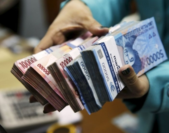 Rupiah leads Asian currency gains after Indonesian finance minister appointment